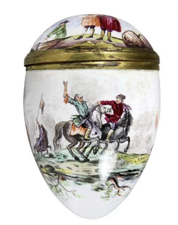 Egg Shaped Enamel Box is depicting land battles and a seascape. Gilt metal fittings.