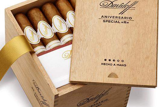 Davidoff Cigars: Anniversario