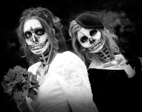 photo-Zombie Wedding