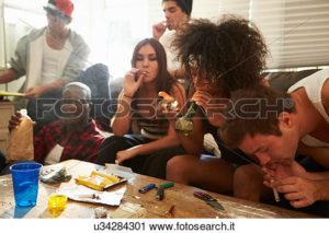 """""""Archivio fotografico - banda, di, giovani persone, presa, droghe"""""""