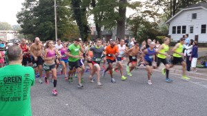 Runners at Start of RFG 2013