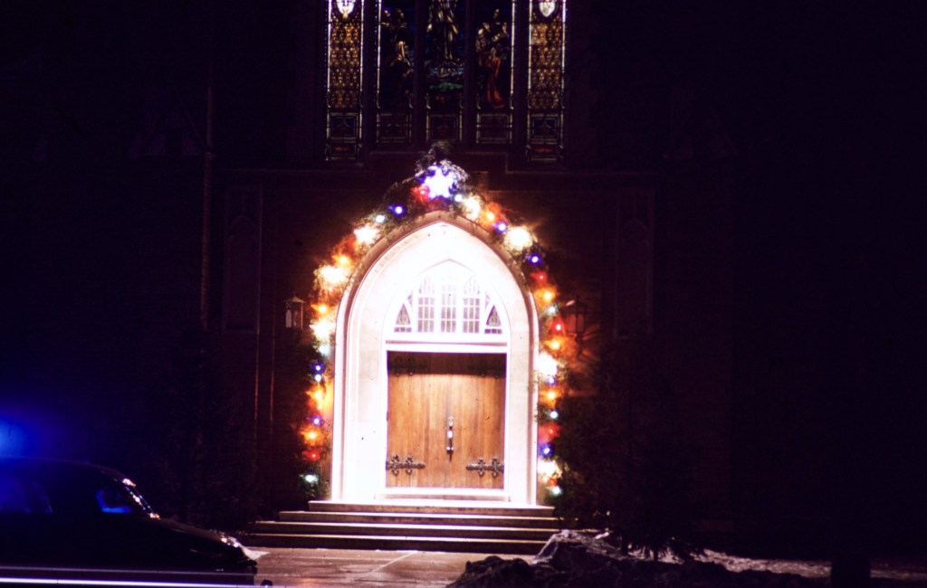 Christmas – Peace Lutheran Church Entrance – Hutchinson, MN