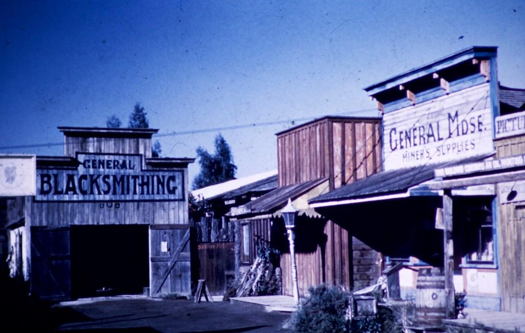 Knott's Berry Farm / Ghost Town