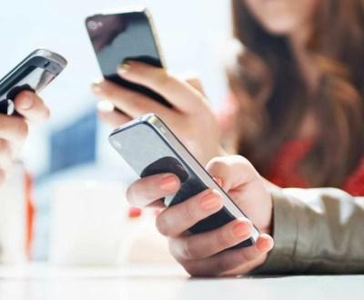 Uso excessivo de smartphones pode contribuir com alcoolismo, diz estudo