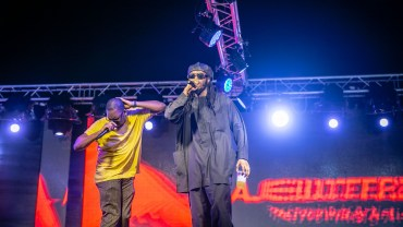 For The First Time Ever! Ajebutter22 & Boj Take The Stage Performing All Their Duets