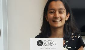 Reva Gandhi with her award