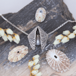 DaVine Jewelry, Silver Limpet Shells and Freshwater Pearl Necklace