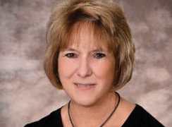 Dianne Knapp, ARNP Joins Medical Associates Clinic Provider Team