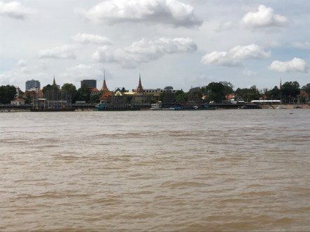 day-6-arriving-in-cambodia1