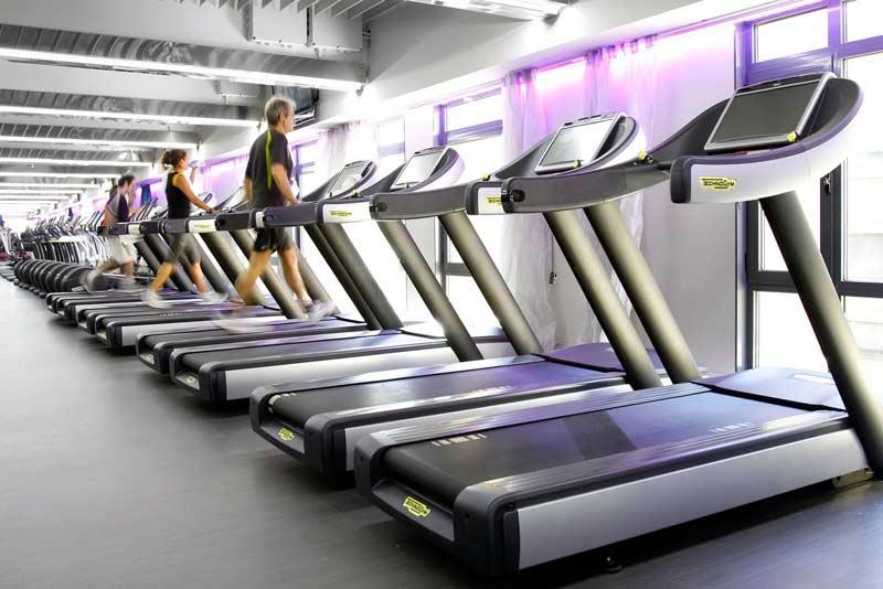 El-ejercicio-en-un-gimnasio-genera-energía-eléctrica