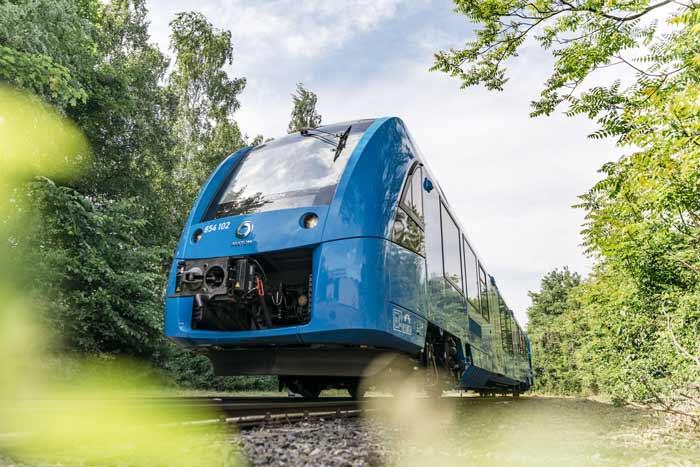 Tren comercial impulsado con hidrógeno