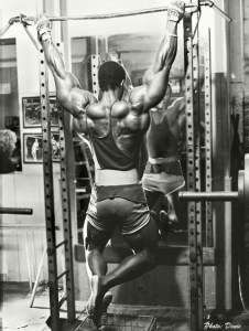 Serge Nubret working on pullups