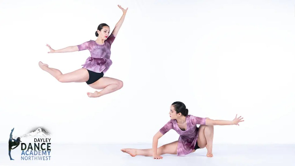 2 Novas Advanced Dancers, Contemporary ballet & jazz pre-professional dance training for teens