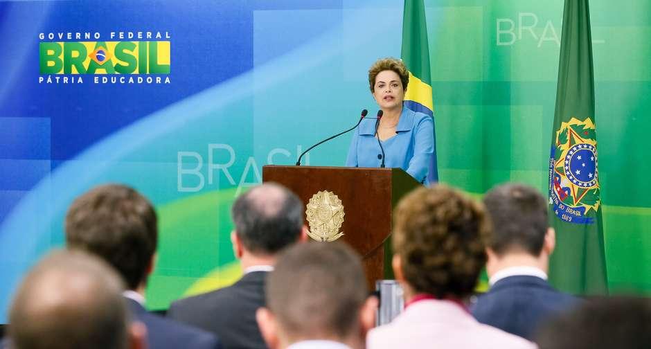 Leia a entrevista em que Dilma ataca Cunha e diz se sentir 'injustiçada' por decisão sobre impeachment