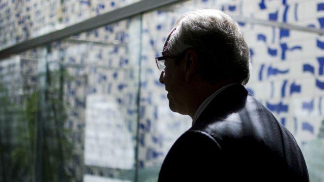 Sendo réu, Cunha poderia assumir Presidência?