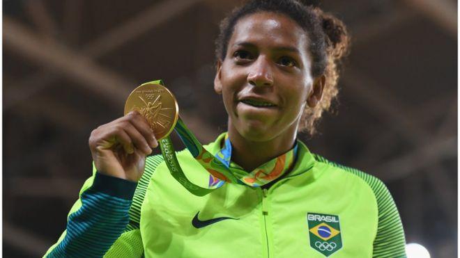 Quatro maneiras de usar a vitória de Rafaela Silva para confirmar o que você já pensa