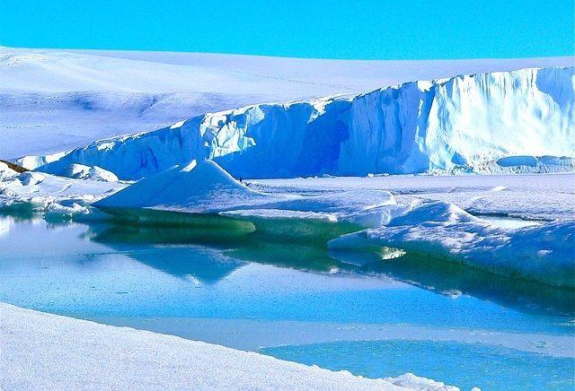 Iceberg gigante ameaça se desprender da Antártida e gera preocupação