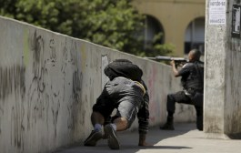Guerra ao Tráfico: Cerco à Rocinha vai mobilizar 950 militares e dez blindados, anuncia Jungmann