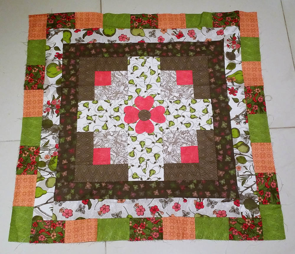 Log Cabin quilts the Eleanor Burns Way