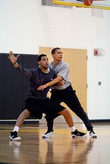 obama-basket2