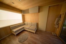 BIG-BERRY-light-interior