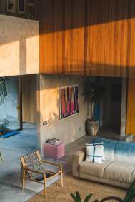 Concrete-House-Bali-by-Patishandika-13