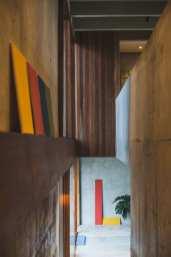 Concrete-House-Bali-by-Patishandika-8