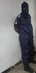 1 Politie Munder houdt criminelen in politie-uniform aan