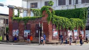 De ruïne van Het Zwarten Hof (foto: Ricky Bahadoersingh)