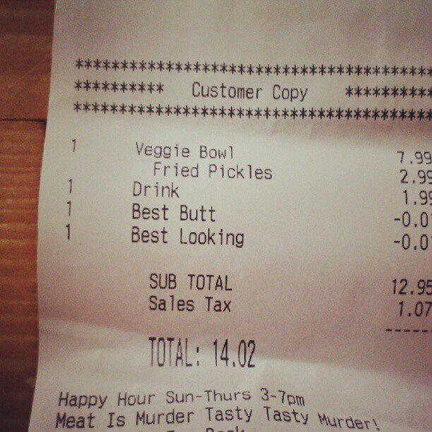 """""""Best Butt"""" Discount: Woman Gets Unusual Credit On Her Fast Food Bill"""