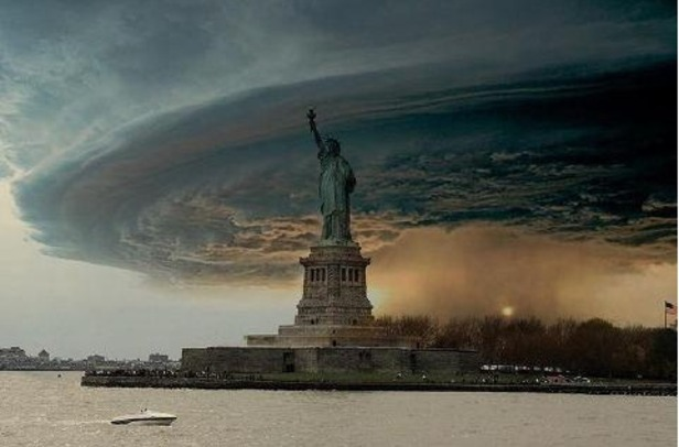 Fake Sandy storm photos fool some, amuse others
