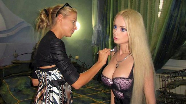 Human Barbie Fake? Website Posts Video As Proof