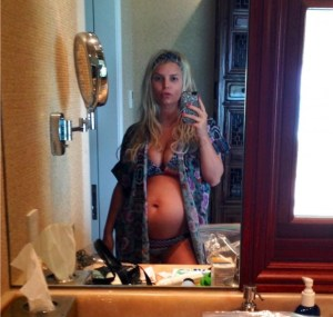 Jessica Simpson Gives hint On Second Baby  Maybe A Boy?