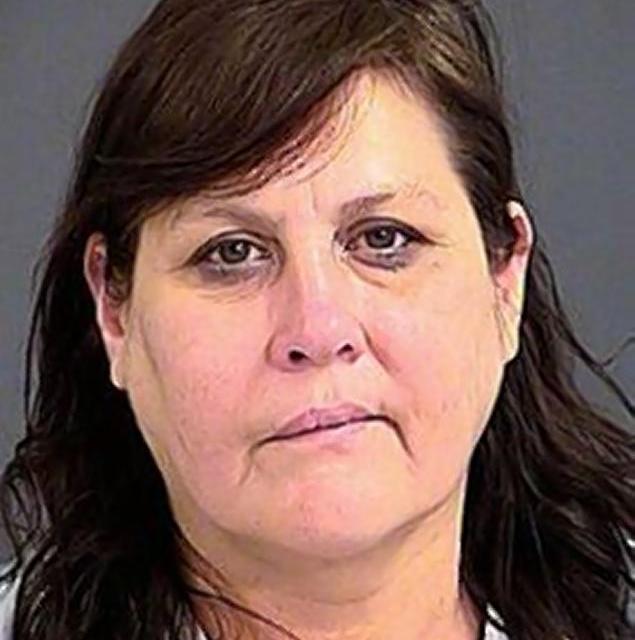 ceramic squirrel stabbing leaves man injured, woman jailed (PHOTO)