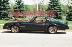 Smokey and the Bandit Trans Am sells for $450K