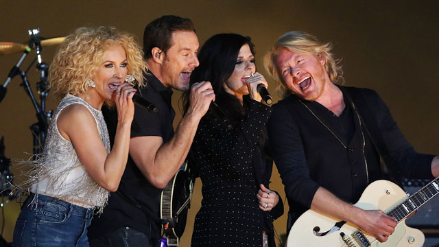 """Little Big Town's """"Girl Crush"""" Exposes Country Music's Provincial Side"""