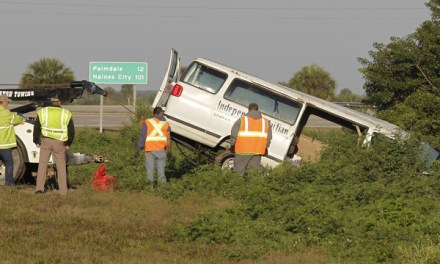 Florida Van Crash Leaves 8 Dead And 10 Injured (PHOTO)