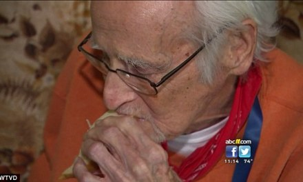 Eldery Man Calls 911 For Groceries, You Wont Believe What Happened Next