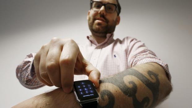 Tattoos Apple watch don't mix