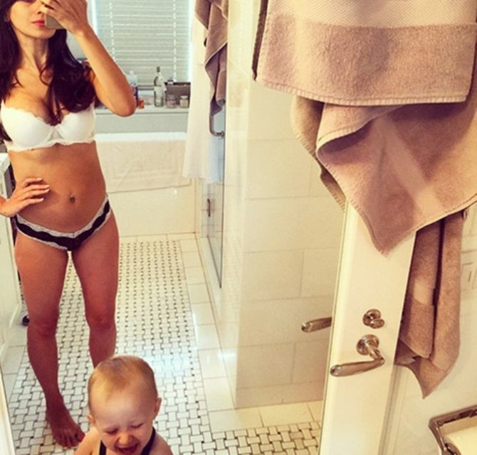 Hilaria Baldwin Post Baby Body Has The Webnet Talking (PHOTO)