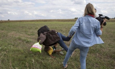 Hungarian journalist fired for tripping running refugees (PHOTO)