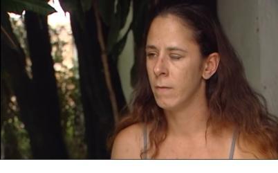 Woman glues eye shut:  Lives In Agony For Nine Days