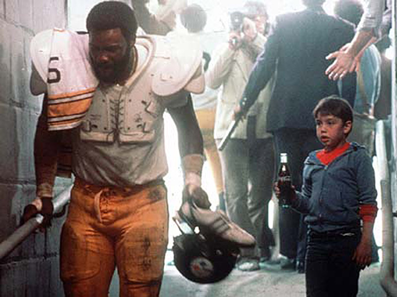 Mean Joe Greene Coca Cola ad Duo Reunite (VIDEO)