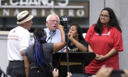 Bernie Sanders protesters rush stage at rally (VIDEO)