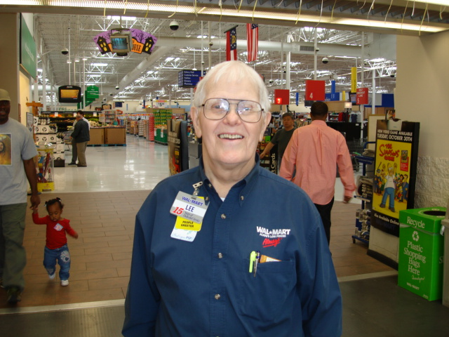 Walmart greeters program returns to 9,000 Locations