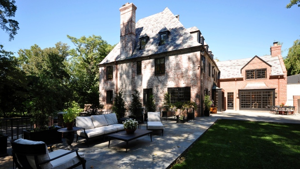 Obama S Home Following White House Will Be 8 000square Foot Mansion