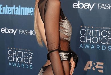 Bella Thorne Without Underwear at Awards