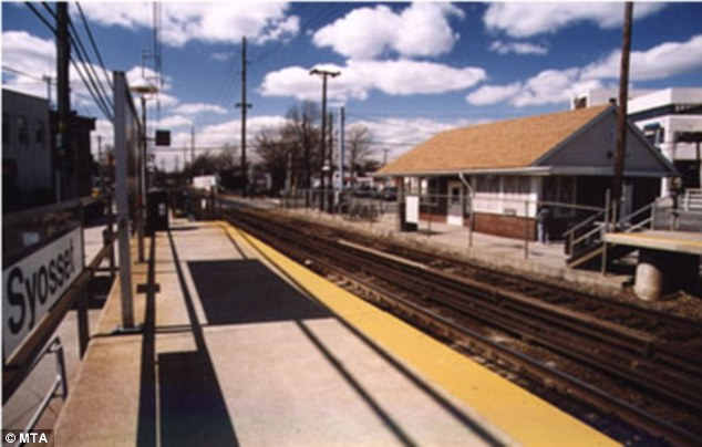 syosset station