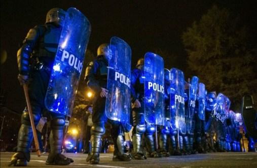ferguson-police-brutality-674x440