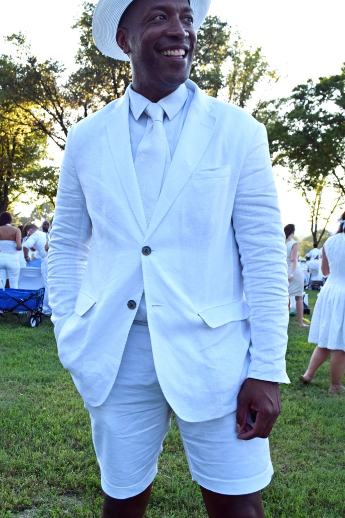 The All-White Affair: All White at Diner en Blanc8